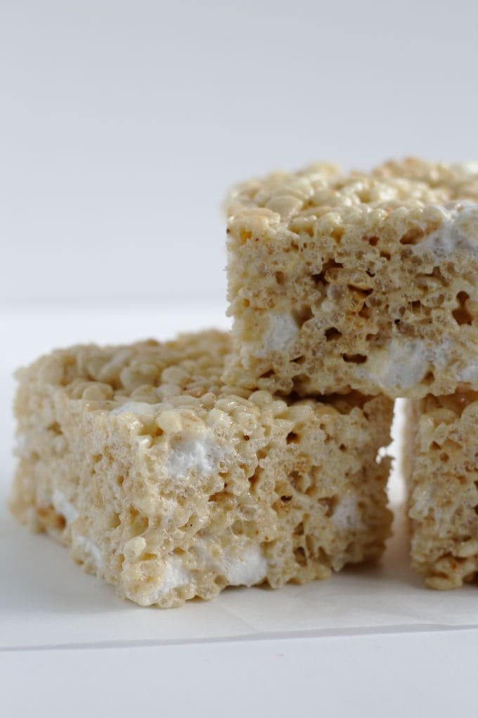 A side view of some rice krispie squares.